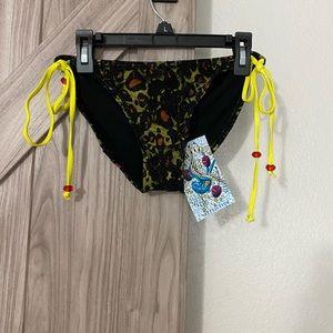 NWT sinful by Affliction Solar Bikini bottom small